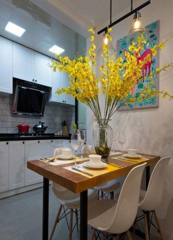 餐厅餐桌北欧风格装饰效果图