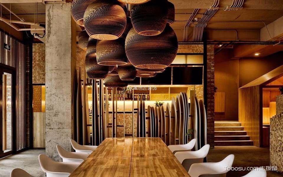 120平米咖啡厅餐桌装饰图片