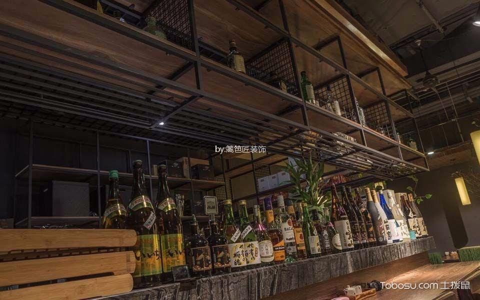 300平米日本料理店餐桌装饰图片欣赏