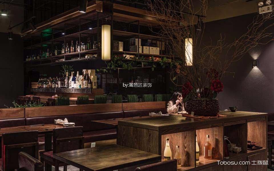 300平米日本料理店餐厅设计图欣赏