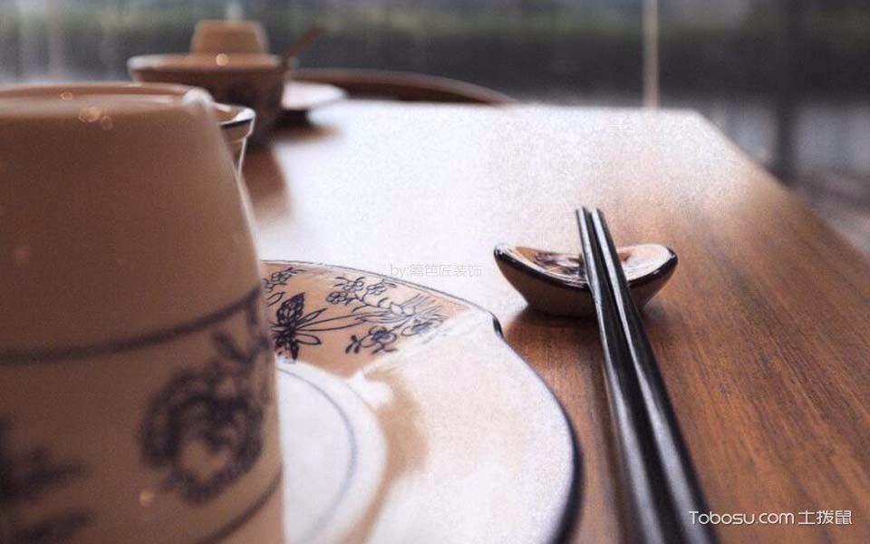 餐馆餐桌设计图片