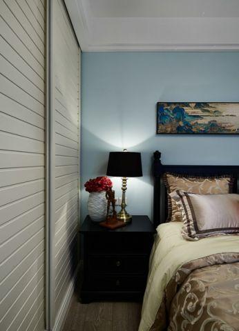 卧室衣柜美式风格装潢图片