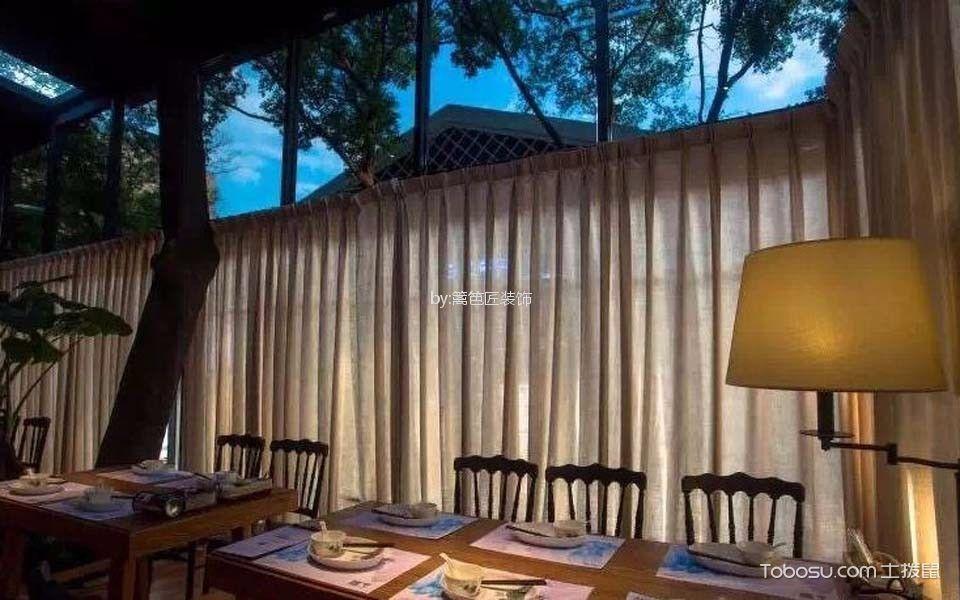 800平米茶餐厅隔断装修图片