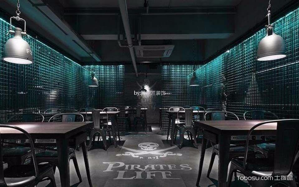 海盗风格清吧餐桌装潢实景图