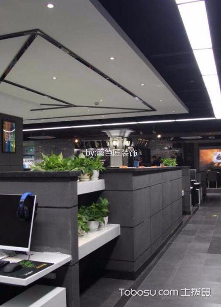 580平米网吧网咖走廊装修实景图