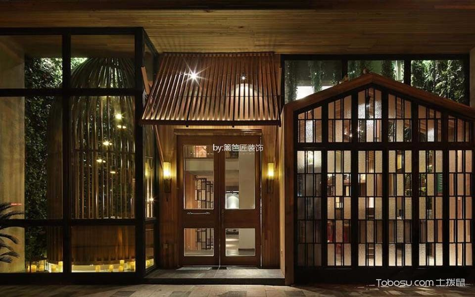 300平米餐厅入口处装饰图片