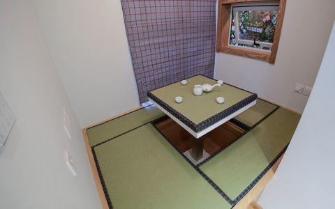 书房榻榻米日式风格装饰图片