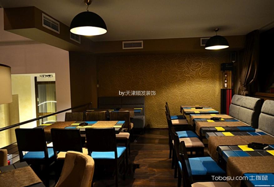 餐厅黄色背景墙法式风格装饰图片