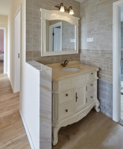卫生间背景墙法式风格装饰设计图片
