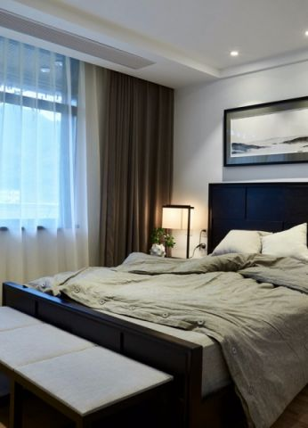 卧室窗帘简中风格装饰图片