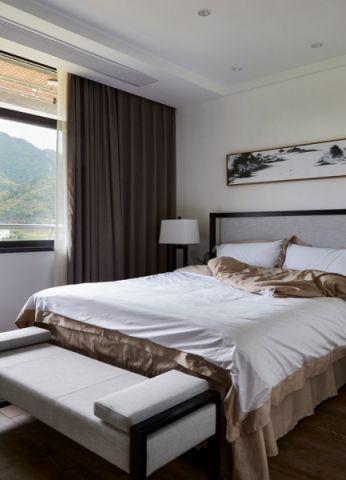 卧室床简中风格装潢图片