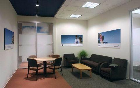 小型办公室现代风格装修效果图