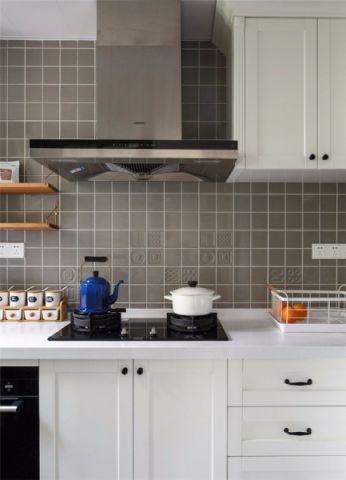 精美绝伦白色厨房设计方案