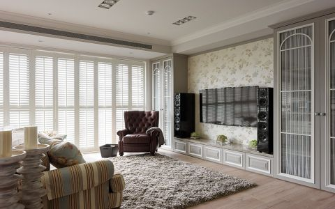 客厅白色美式风格装潢设计图片