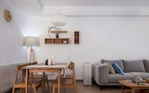 客厅沙发日式风格装饰图片