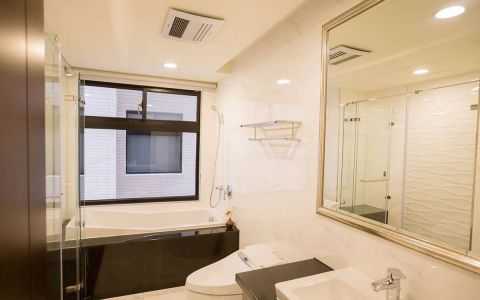 卫生间窗台简约风格装潢图片