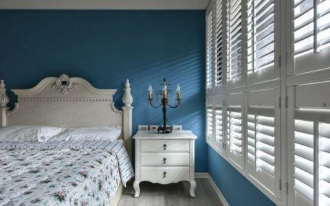 卧室白色床头柜田园风格装潢图片