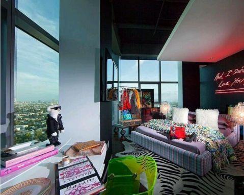 卧室紫色床欧式风格装潢设计图片