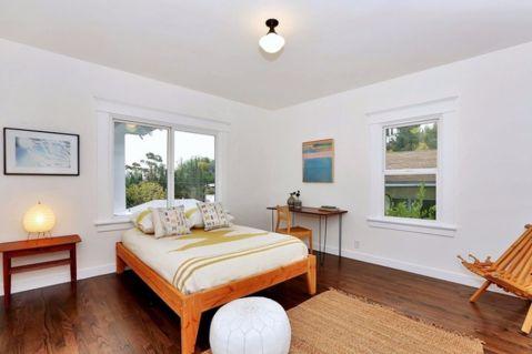 卧室吊顶北欧风格装修设计图片