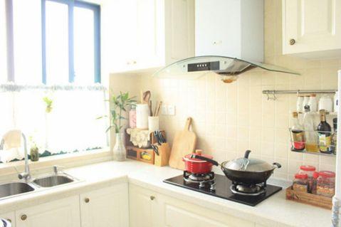 典雅厨房橱柜装潢图片