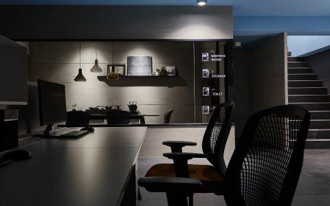 龙TA X 框办公室装修效果图