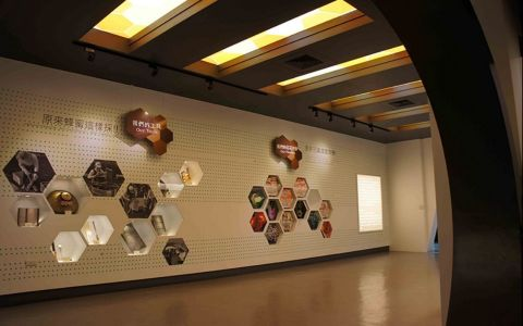 宜蘭蜂采館展览空间展厅装修效果图