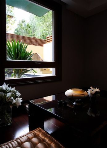书房窗台新中式风格装修设计图片