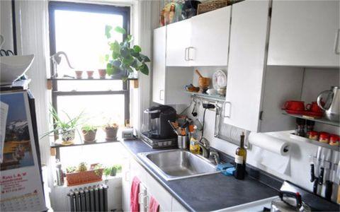 厨房窗台混搭风格装修设计图片