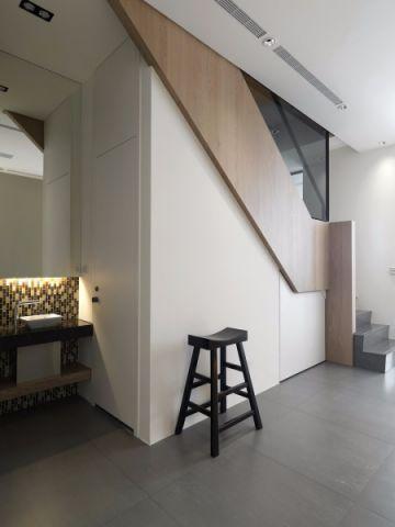 客厅楼梯北欧风格装潢设计图片