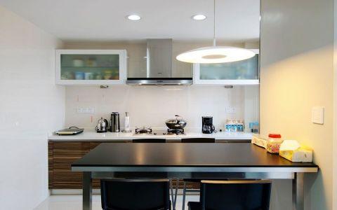 厨房吊顶现代简约风格装饰设计图片