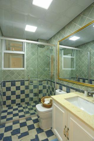 2018美式卫生间装修图片 2018美式隔断装修设计