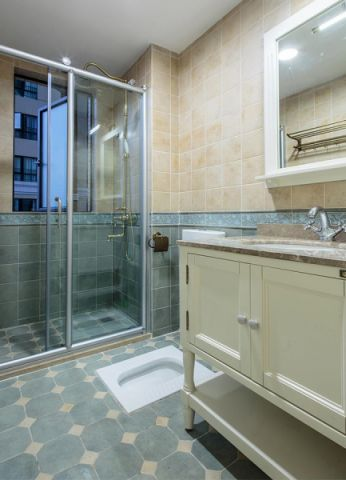卫生间吊顶欧式风格装饰设计图片