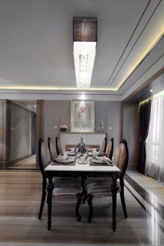 餐厅白色吊顶新古典风格装修效果图