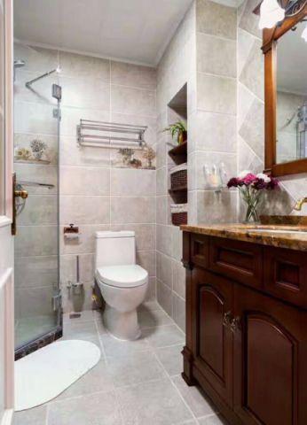 卫生间白色隔断美式风格装饰图片