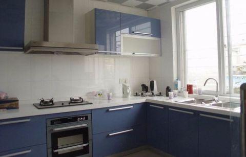 厨房蓝色橱柜现代简约风格效果图