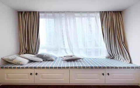 卧室白色飘窗日式风格装饰设计图片