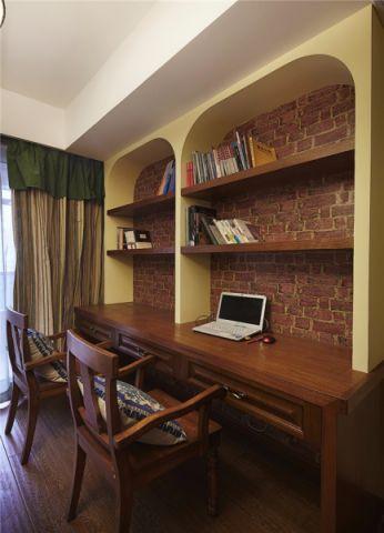 书房咖啡色书桌混搭风格装潢图片