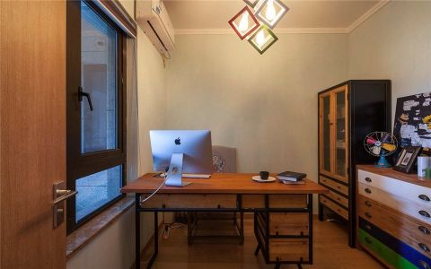 质朴咖啡色书桌设计图欣赏