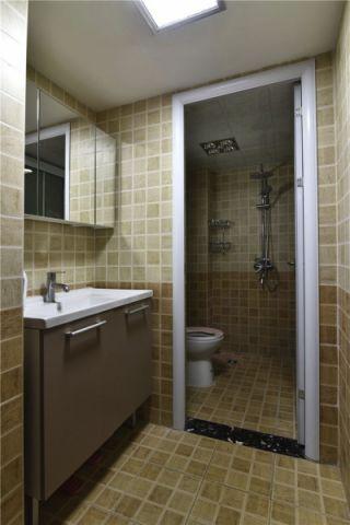 卫生间黄色背景墙现代简约风格装潢图片