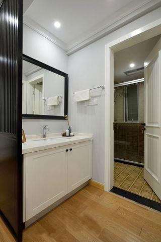 卫生间推拉门美式风格装潢图片