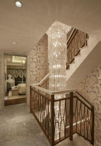 玄关楼梯法式风格装修效果图