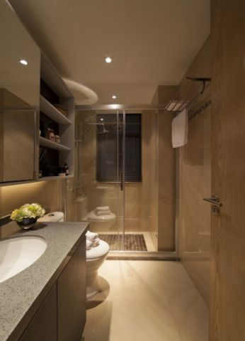 卫生间吊顶简约风格装潢设计图片