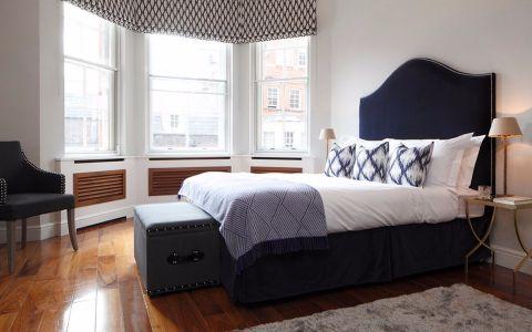 卧室窗台新古典风格装潢效果图