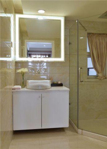 卫生间隔断现代简约风格装潢图片