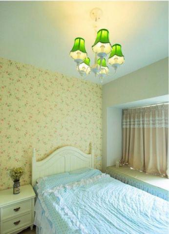 卧室飘窗田园风格装潢效果图