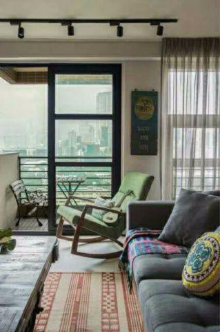 客厅窗帘简单风格装潢设计图片