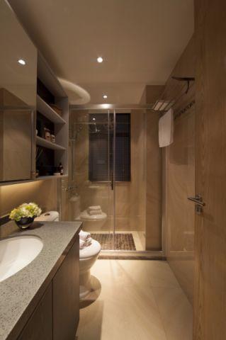 卫生间白色浴缸简约风格装修图片
