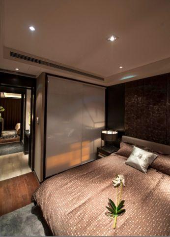 卧室隐形门新中式风格装潢效果图