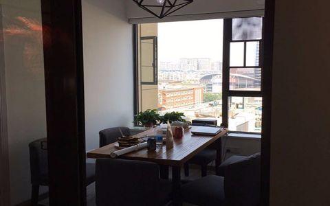 餐厅窗台美式风格装饰设计图片