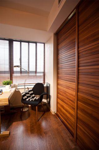 卧室橱柜现代简约风格装饰设计图片